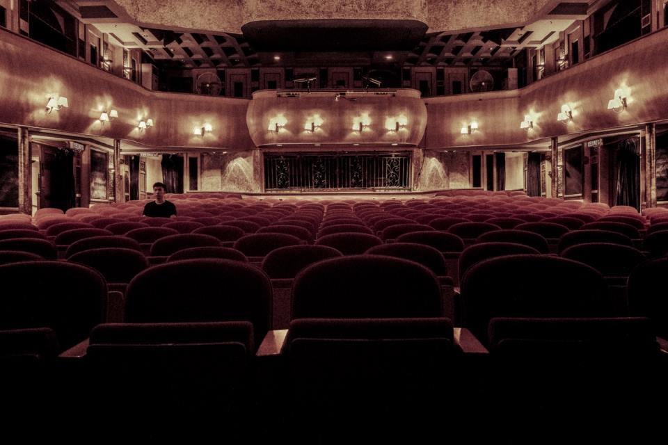 nettoyage cinéma (salle de spectacle, théâtre) propreté entreprise salle de spectacle cinéma